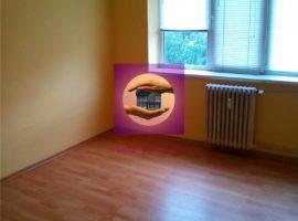 Apartament 3 camere in zona Podu Ros