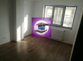 Apartament 3 camere zona Podu Ros la bulevard