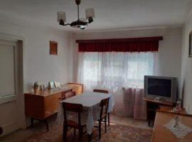 Apartament cu 3 SemiDecomandat cf I in Podu Ros
