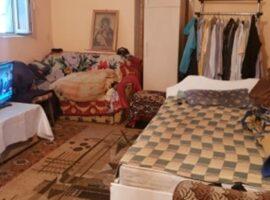 Casa in Lunca Cetatuii la blocuri
