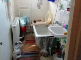Apartament 2 cam decomandat