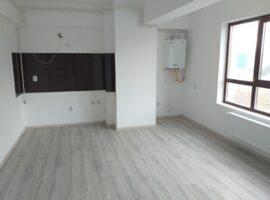 2 camere etaj intermediar