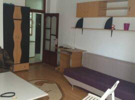 Apartament cu 1 camera Decomandat in zona Rond Vechi - bulevard