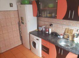 Apartament 1 camera decomandat in Podu Ros