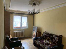Apartament cu 2 camere SemiDecomandat in Podu Ros - Palas